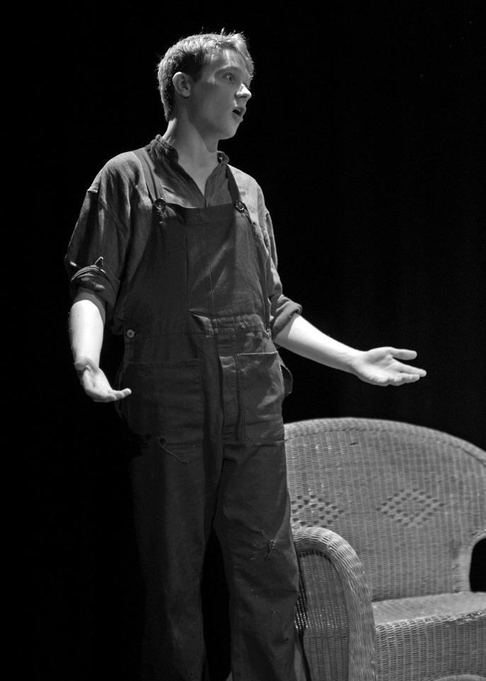 Richard Minklet in The Entertainer, 2013