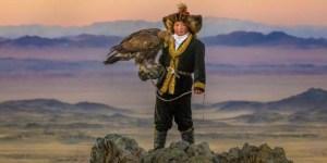 dOCs+ The Eagle Huntress