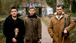Teyr - Folk trio Gavin - Henderson - Black-Roff
