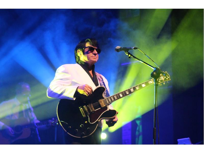 Barry Steele  Roy Orbison Story