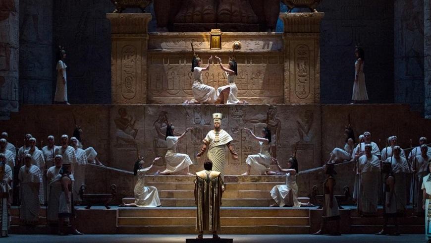Met Live 18/19: Aida main image