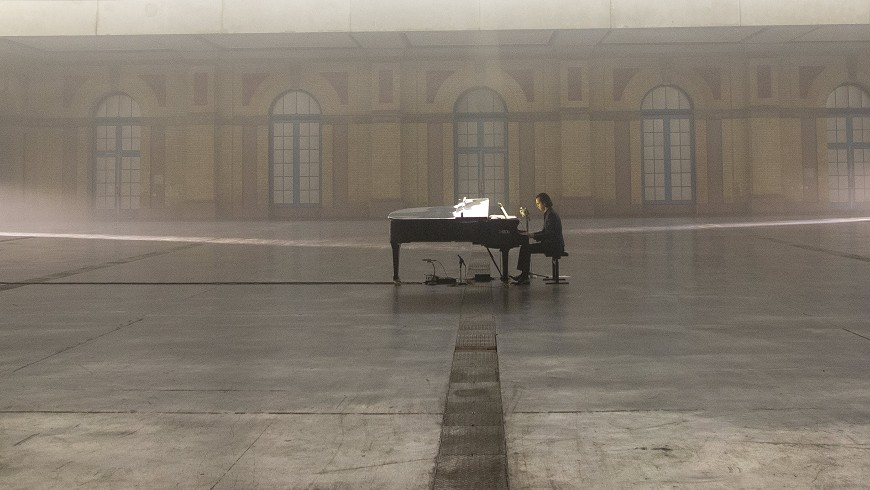 Idiot Prayer: Nick Cave Alone at Alexandra Palace