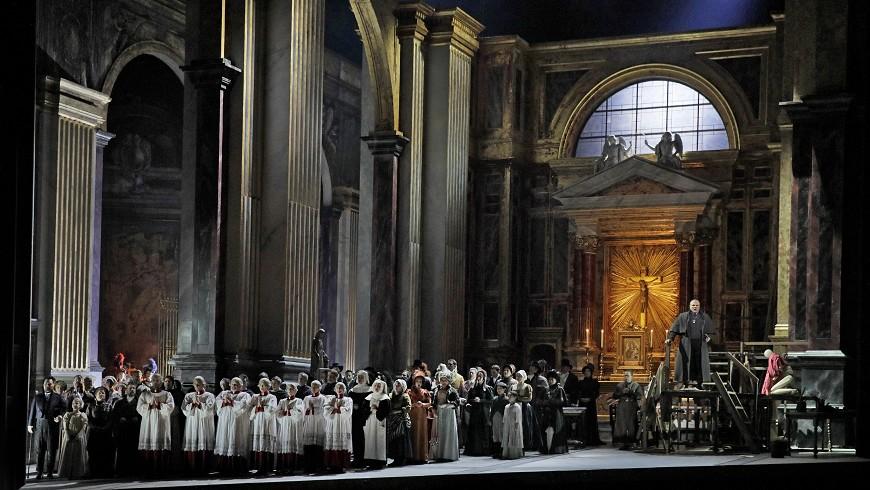 Met Summer Encore: Tosca