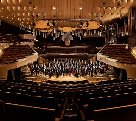 Berliner Philharmoniker Live - The New Year's Eve Gala Concert thumbnail image