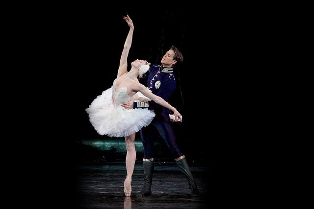 Royal Ballet Live: Swan Lake