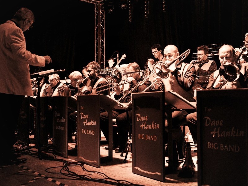 The Dave Hankin Big Band - Swing Into Christmas
