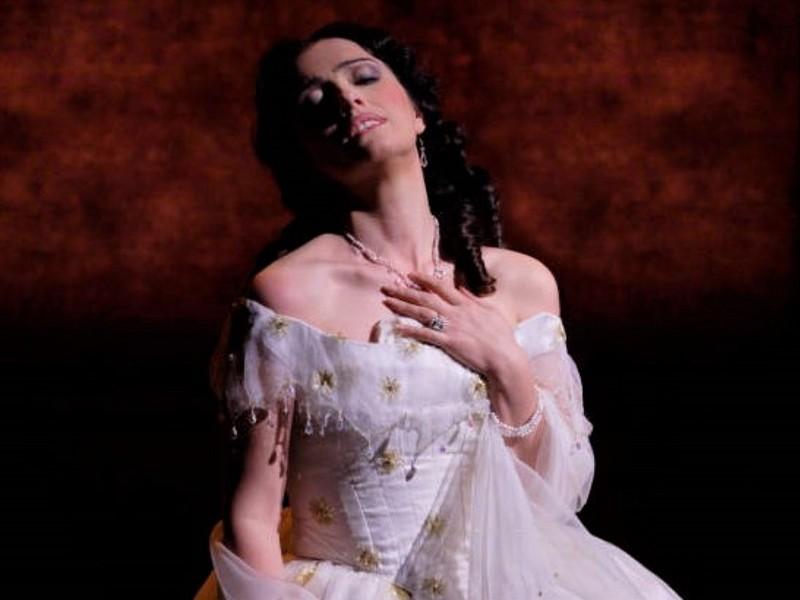 ROHLive La traviata
