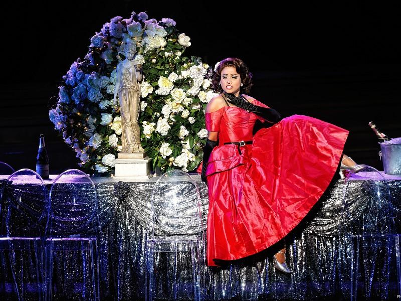 La Traviata: Sydney Harbour