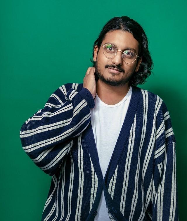 AHIR SHAH : DRESS