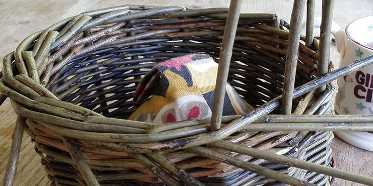 Basket making: borders
