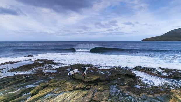 Cine Mar «Transcending Waves»