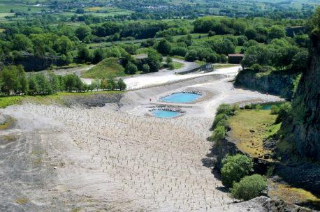 Explore Threshfield Quarry