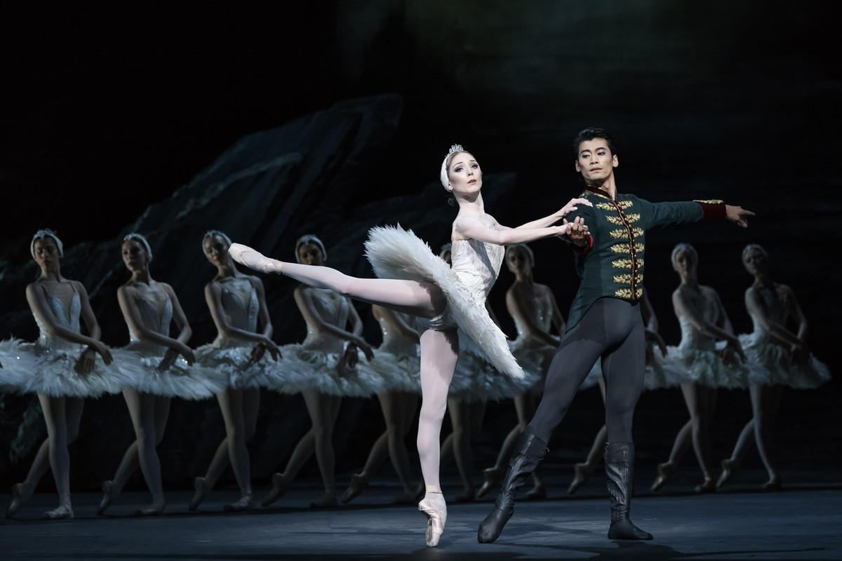 ROH: Swan Lake (2022 Ballet)