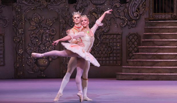 ROH:The Nutcracker  (2021 Ballet)