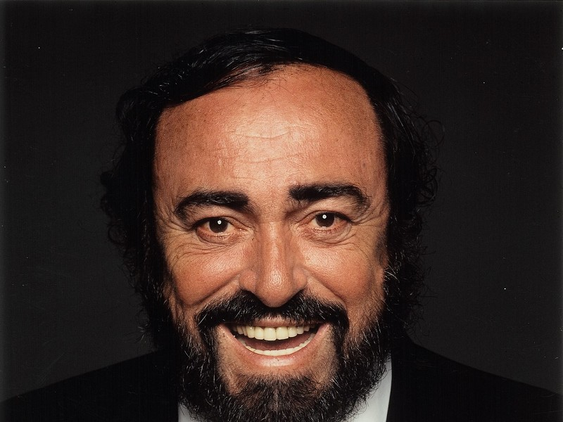 Pavarotti –Plus Satellite Q&A with exclusive content