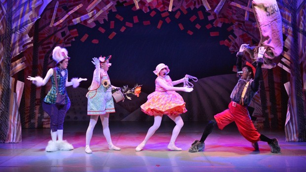 Northern Ballet: 3 Little Pigs