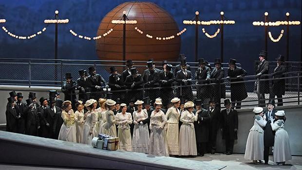 Met Opera: Manon (2019)