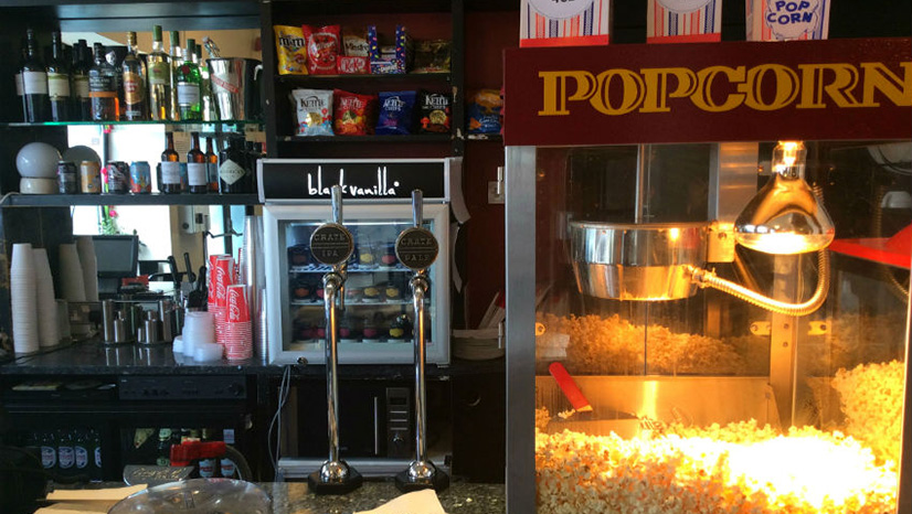 The Rio Cafe Bar serves a great range of beer, wine, soft drinks, snacks and fresh popcorn