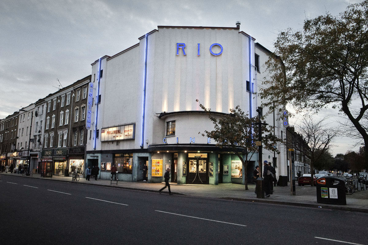 Rio Outside