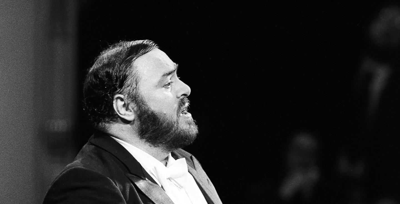 Pavarotti image