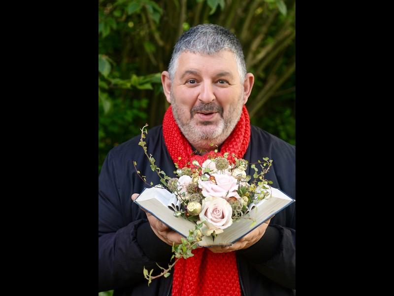 Winter Floral Tales with Mig Kimpton