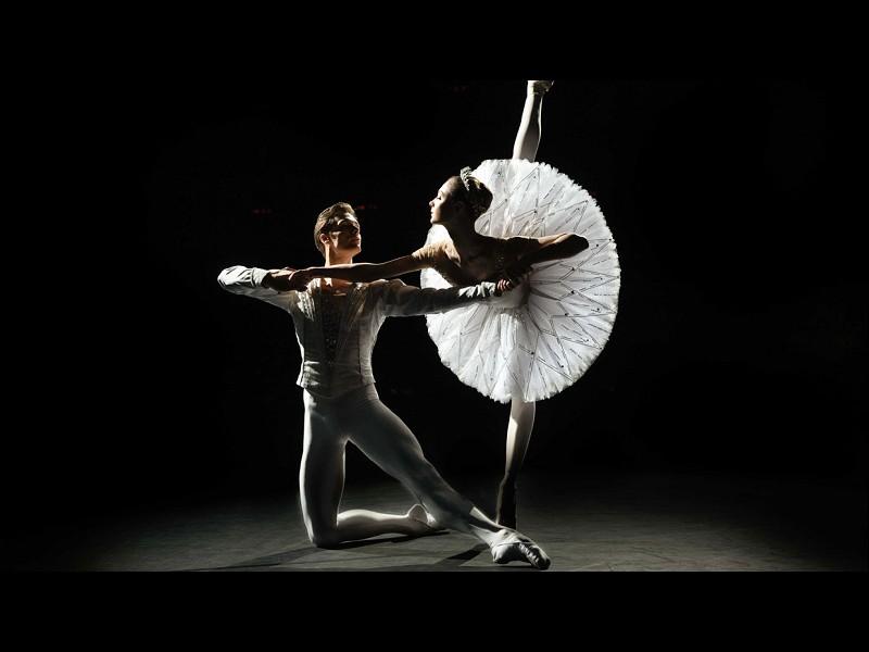 Bolshoi Ballet 21-22: Jewels