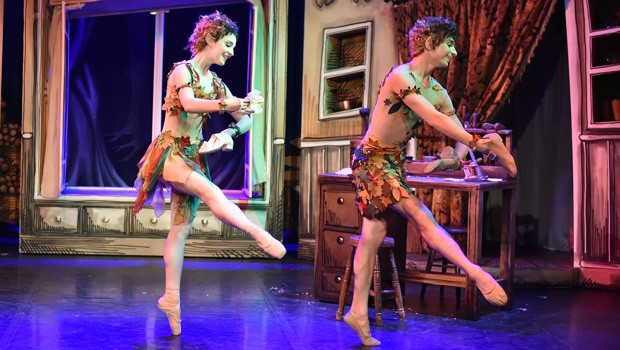 BITE-SIZED BALLET: ELVES & THE SHOWMAKER