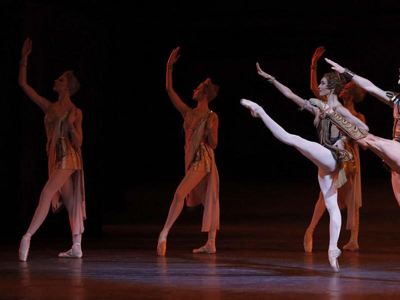 Bolshoi Ballet 21-22: Spartacus