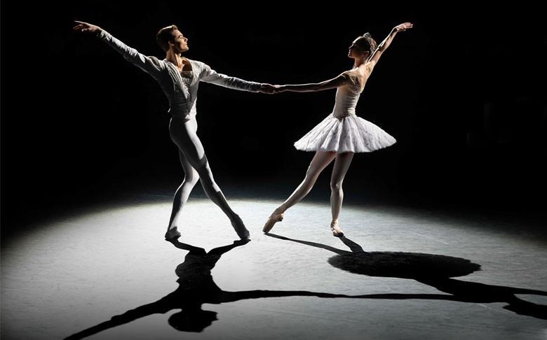 Bolshoi Ballet 2021-2022: Jewels